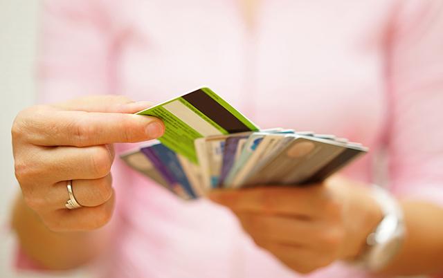 信用卡有哪些行为会影响我们的征信?该如何避免?