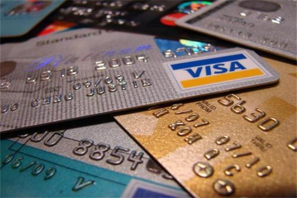 """小白看过来,信用卡使用要注意的事项,申卡和用卡的""""三要""""有哪些"""
