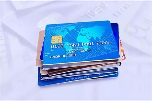 申信用卡想审批快额度高,填表的小技巧学起来!