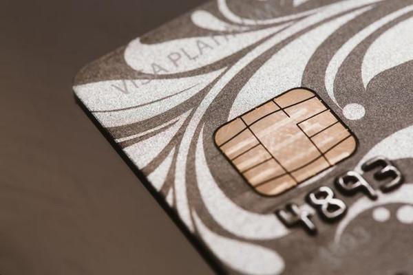 哪家银行的信用卡收费最坑?卡友:各有各的坑