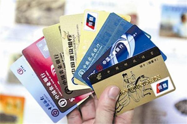 有花呗,还需要要信用卡吗?