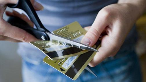 信用卡为什么开卡容易销卡难?